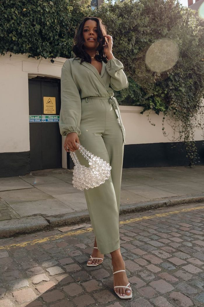 Best bridesmaid jumpsuits: Style Idealist in green jumpsuit