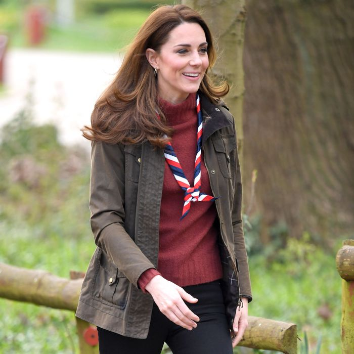 How Kate Middleton and Meghan Markle wear skinny jeans