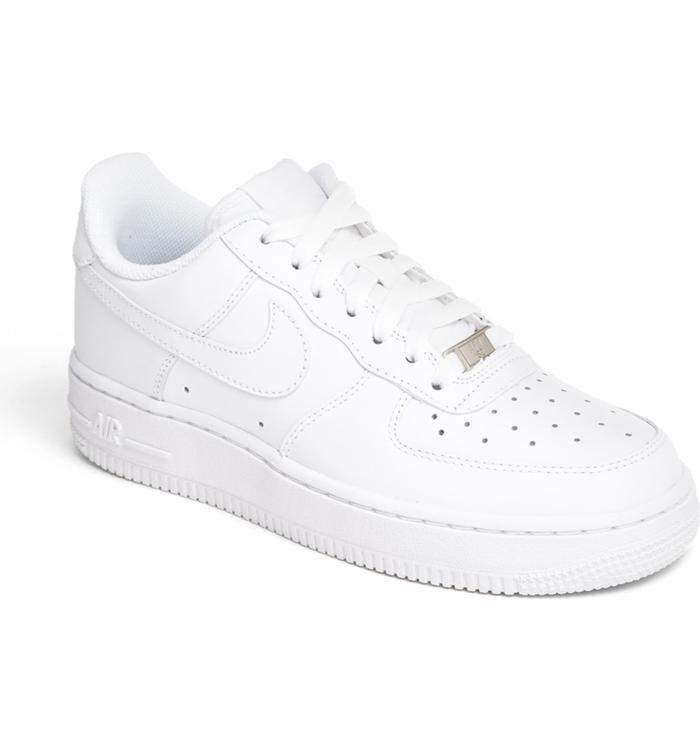 6 of the Trendiest Shoe Brands Right