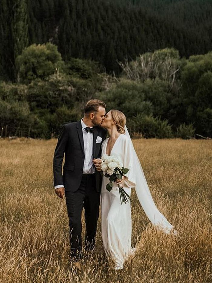 second-hand wedding dresses: Jessie Bush from We the People Style wearing a wedding dress