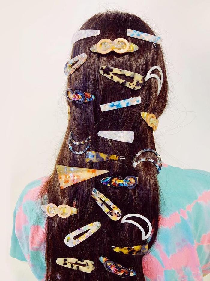 Tort Hairware: Tort hair clip layering