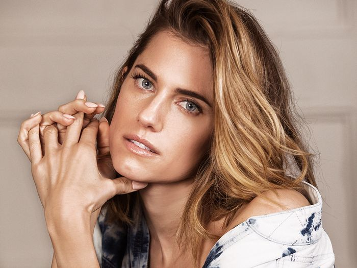 "Allison Williams Thinks It's ""Really Fun"" Playing the Women You Hate"