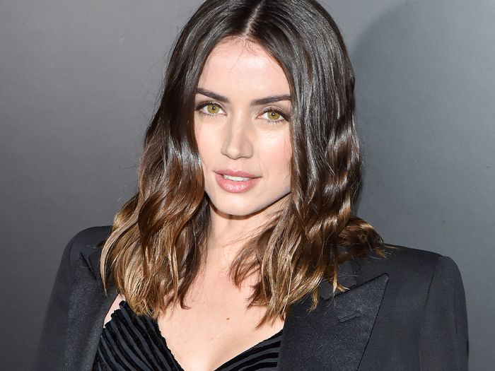 Ana de Armas Broke the Cardinal Rule of Breakup Hair, But It Absolutely Works