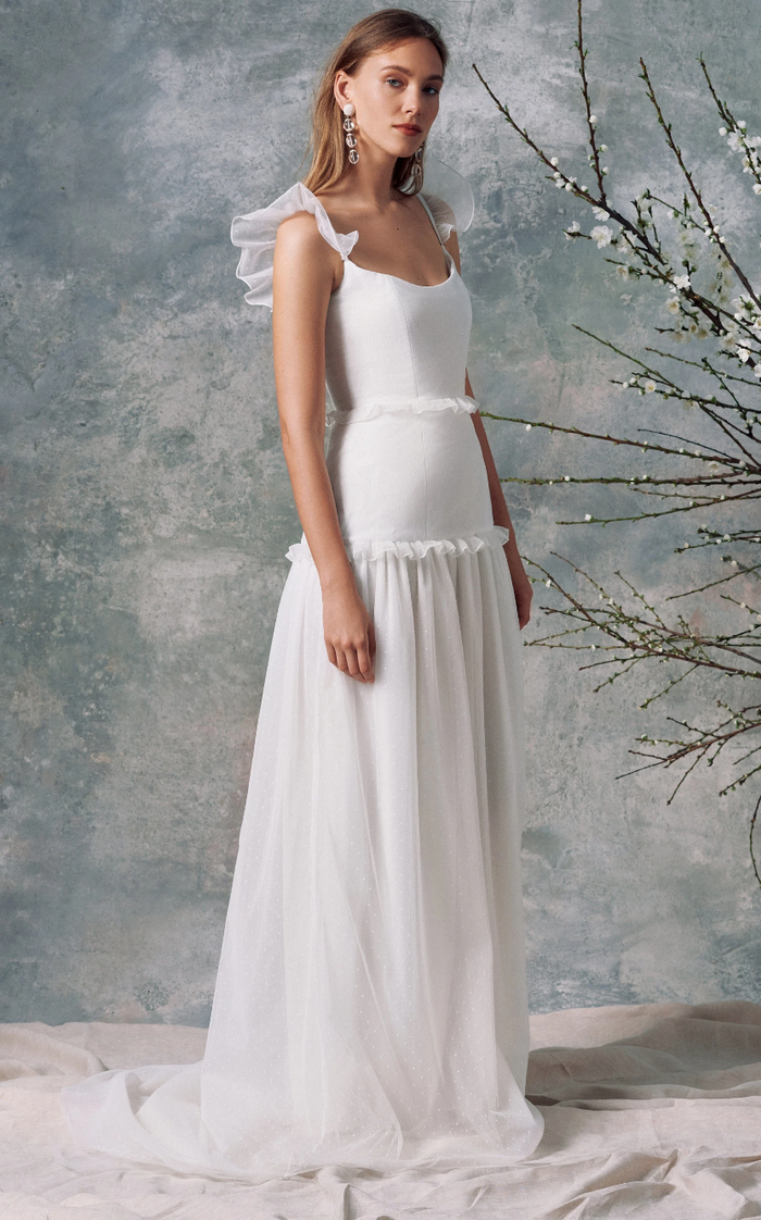 6 Popular Wedding Dress Brands And 3 You Might Now Know Yet Who What Wear,Woodland Nymph Wedding Dress