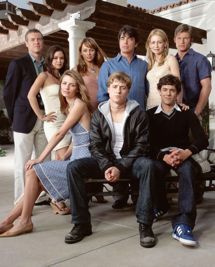 The OC Beauty Looks: The OC Cast