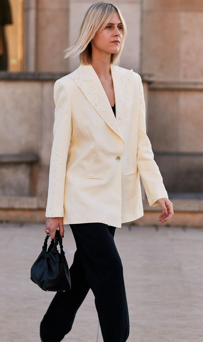 Classic bags:  Linda Tol with the Row Bag