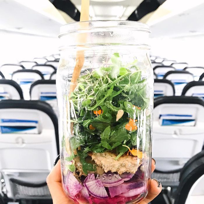 10 Simple Ways to Stay Healthy While Traveling