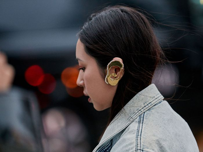 Here's How to Wear an Ear Cuff Like a Fashion Girl