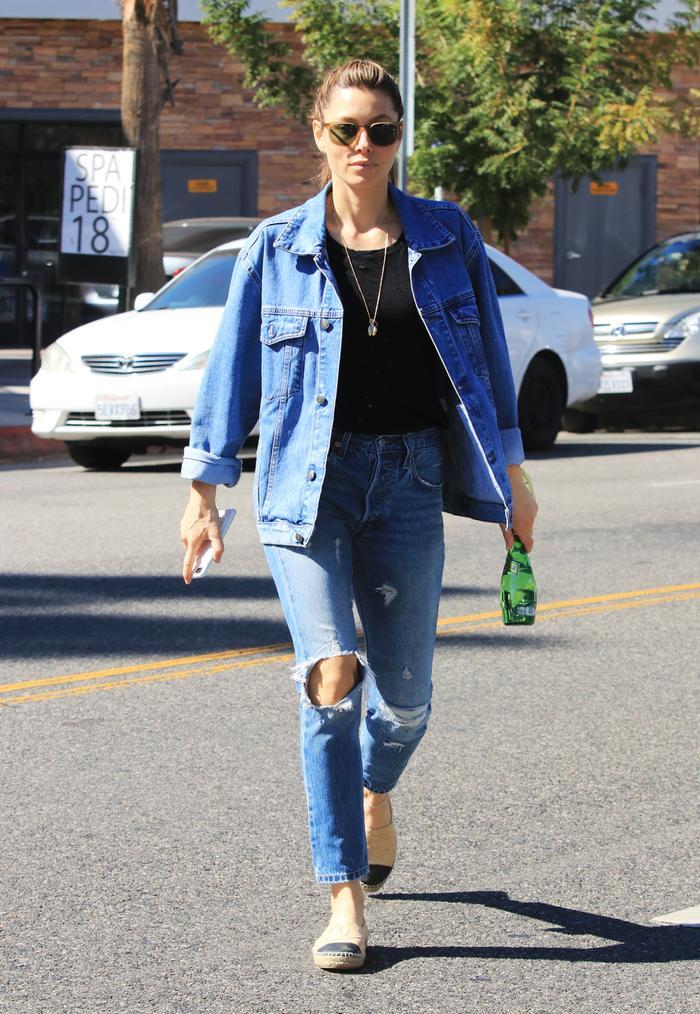 Jessica Biel classic style