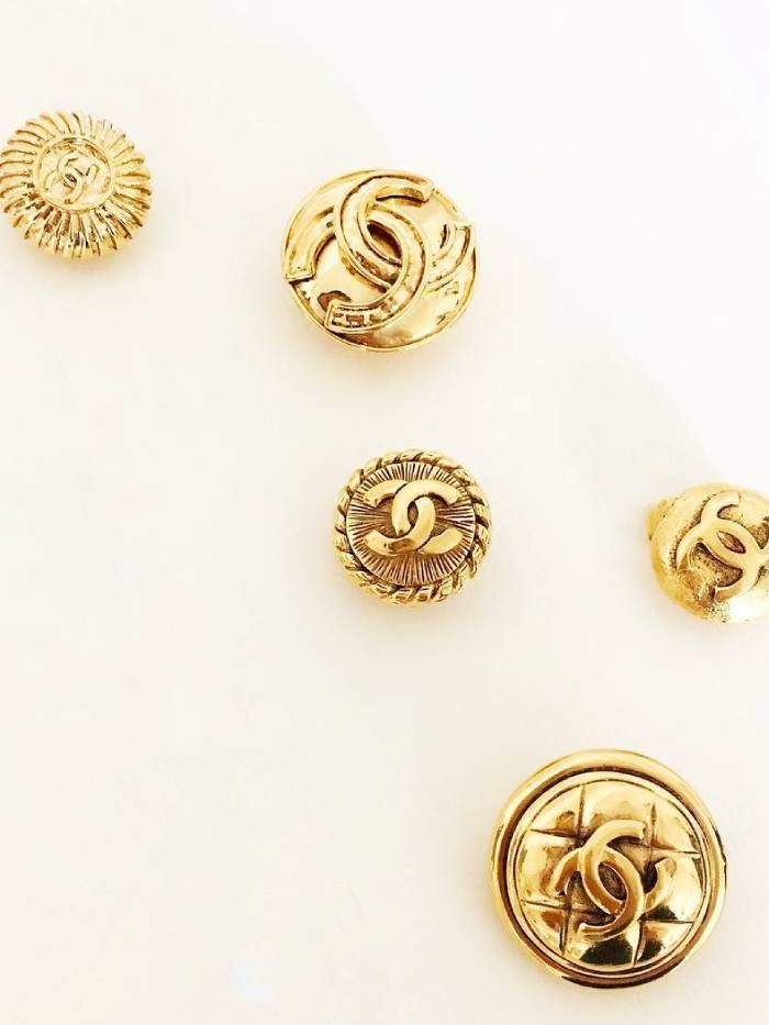 chanel earrings: vintage jewellery on Susan Caplans Instagram account