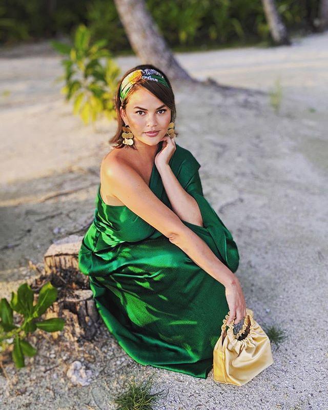 Chrissy Teigen Capsule Wardrobe
