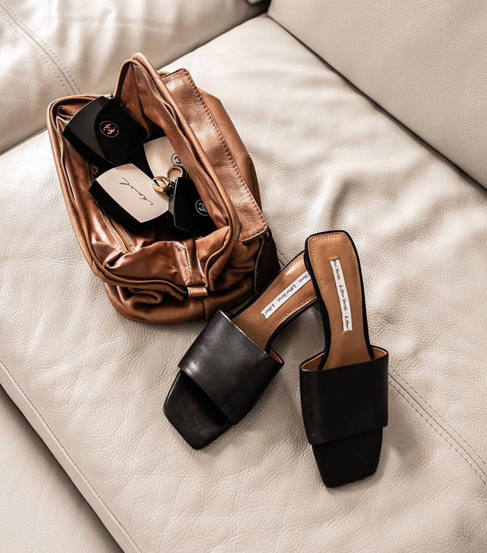 Square toe high street sandals: & Other Stories flat black sandals