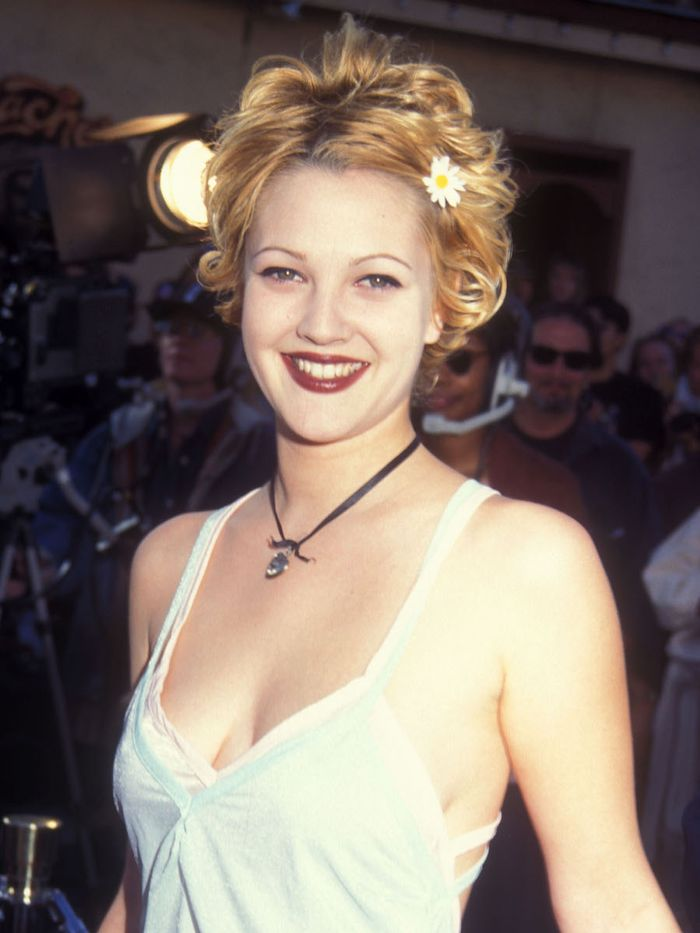How to do Eyebrows: Drew Barrymore with skinny '90s brows