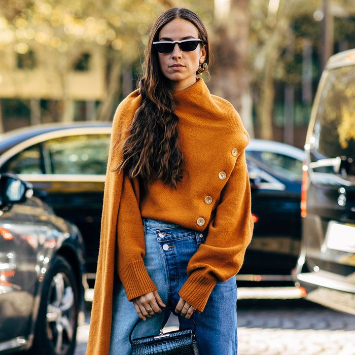 10 Fall Trends That Look Crazy-Good With Your Jeans