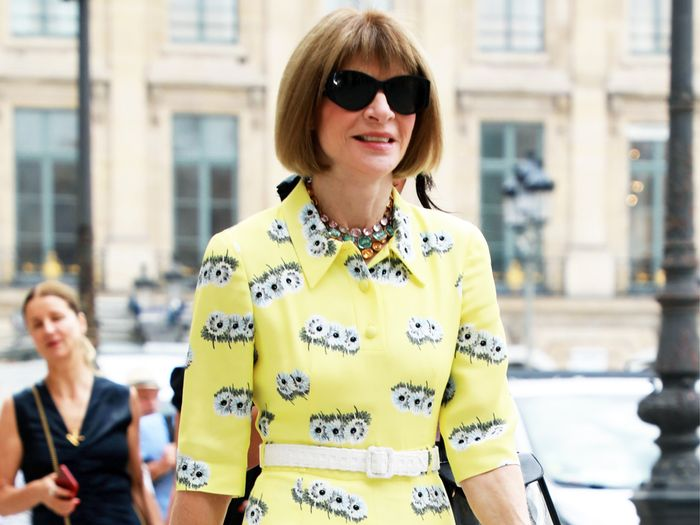Anna Wintour Reveals the #1 Item for Staying Stylish in Hot Weather