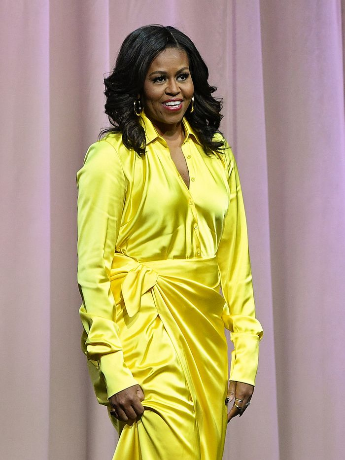 Michelle Obama Beauty: Michelle wearing yellow dress at book signing