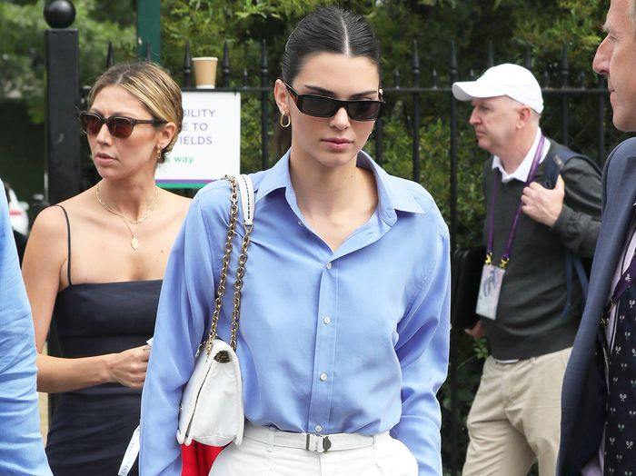 Kendall Jenner Wore Trendy $80 Sneakers With the Preppiest Wimbledon Outfit