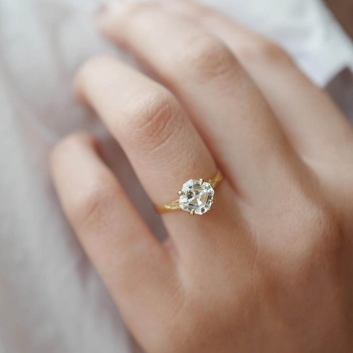 Your Guide To The Most Popular Engagement Ring Settings Who What Wear