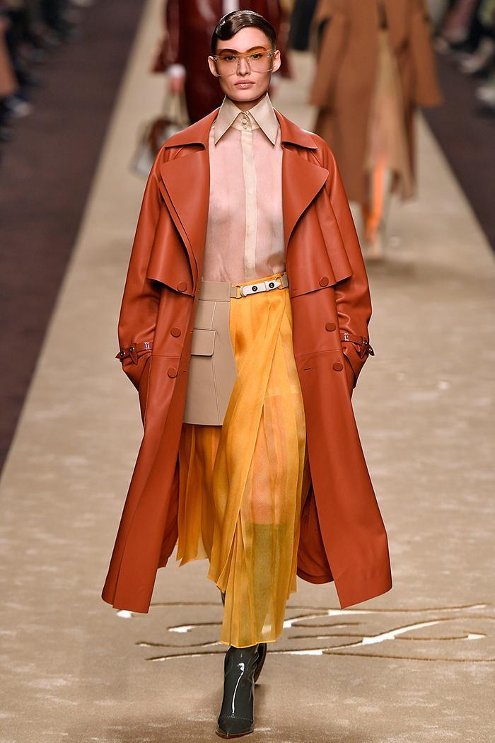 Autumn colour trends 2019: dark cheddar on the Fendi runway