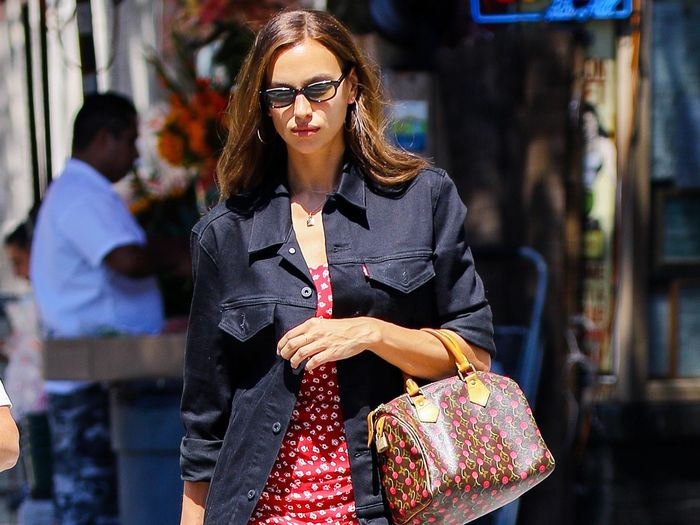 Irina Shayk Just Solved My #1 Summer Outfit Frustration