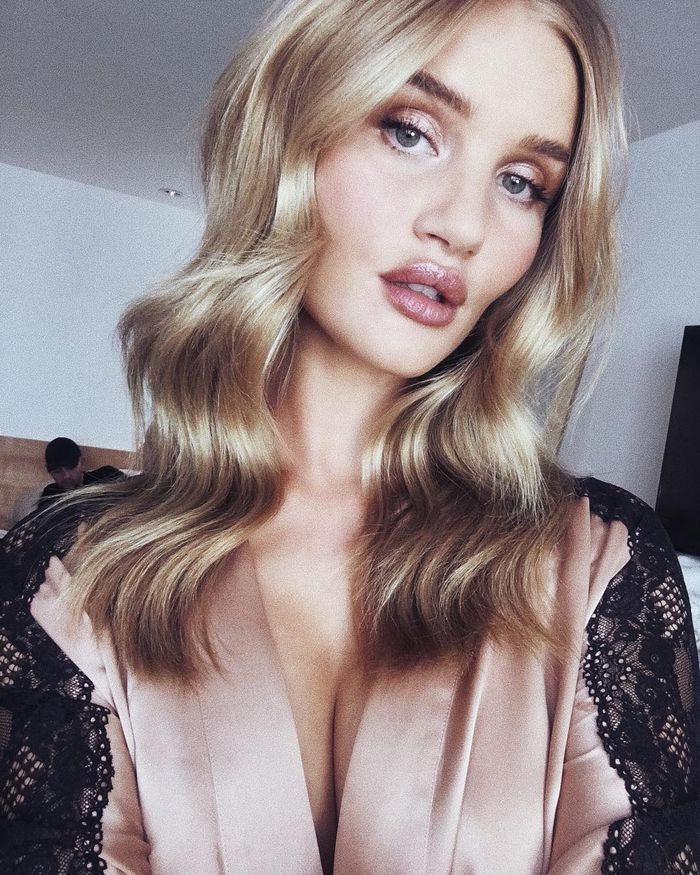 Best Hair Tools: Rosie Huntington-Whitely with wavy hair