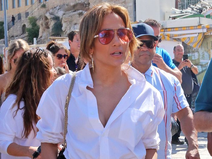 J.Lo Is the Latest Celeb to Ditch Skinny Jeans for This Controversial Trend