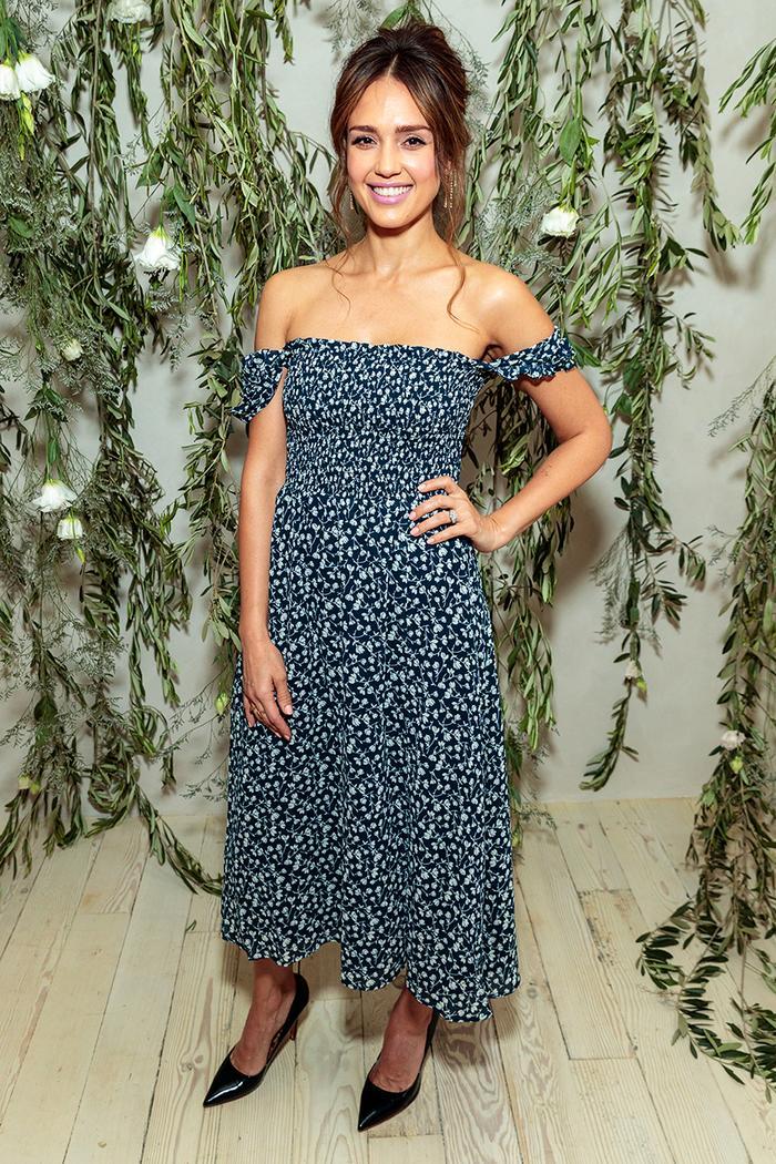 Jessica Alba Reformation dress