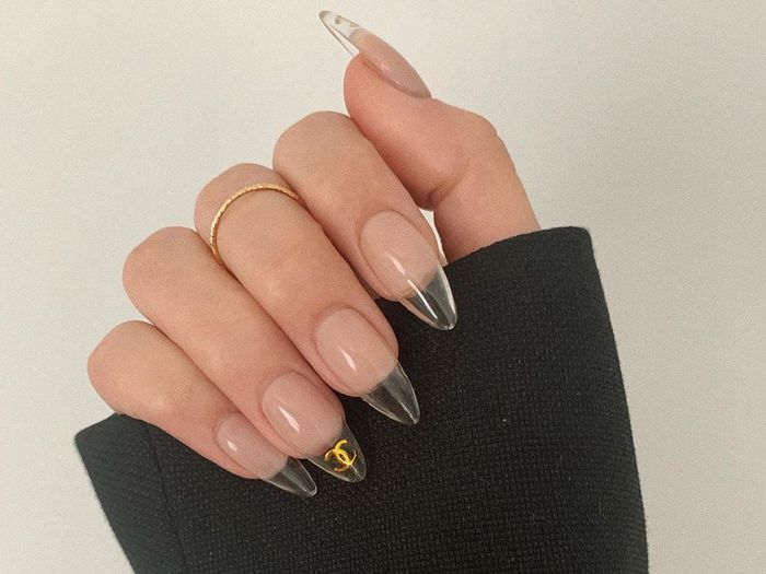 The 15 Coolest Fall Nail Design Ideas Hands Down Who What Wear