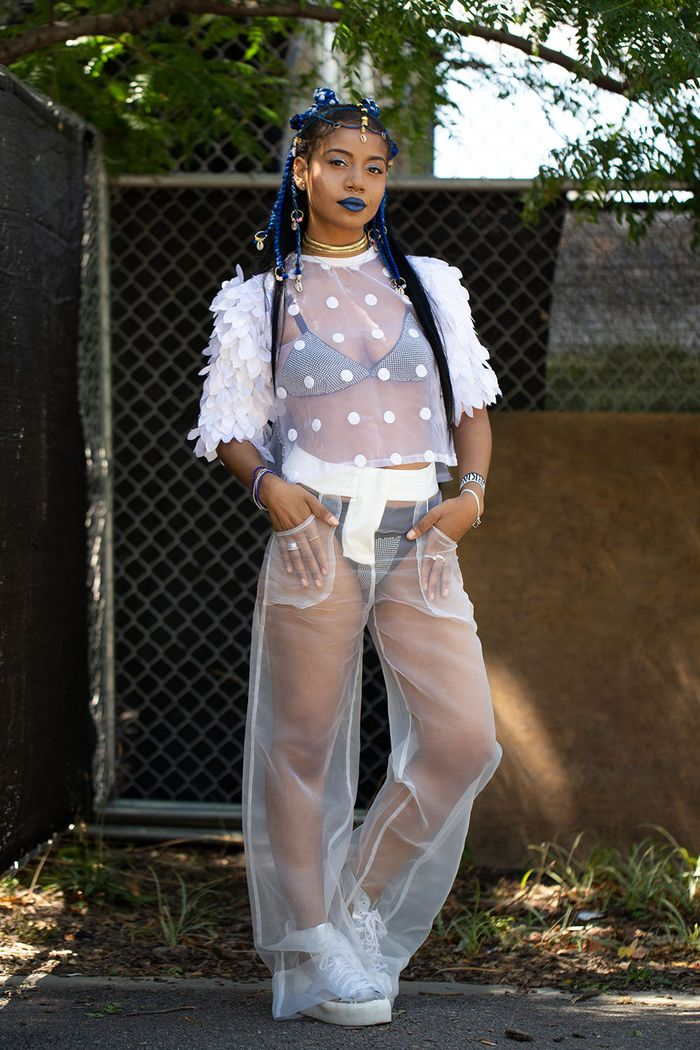 19 Outfits Nyc S Coolest Wore To Afropunk This Weekend Who