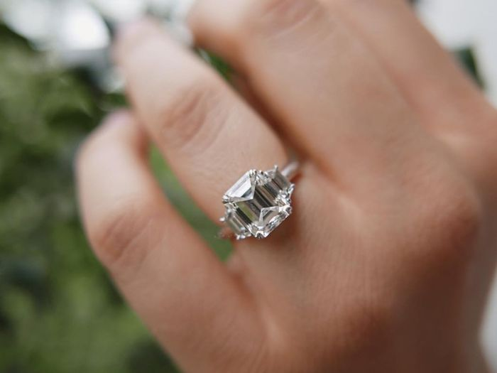 7 Things That Always Make an Engagement Ring Look Cheap | Who What ...