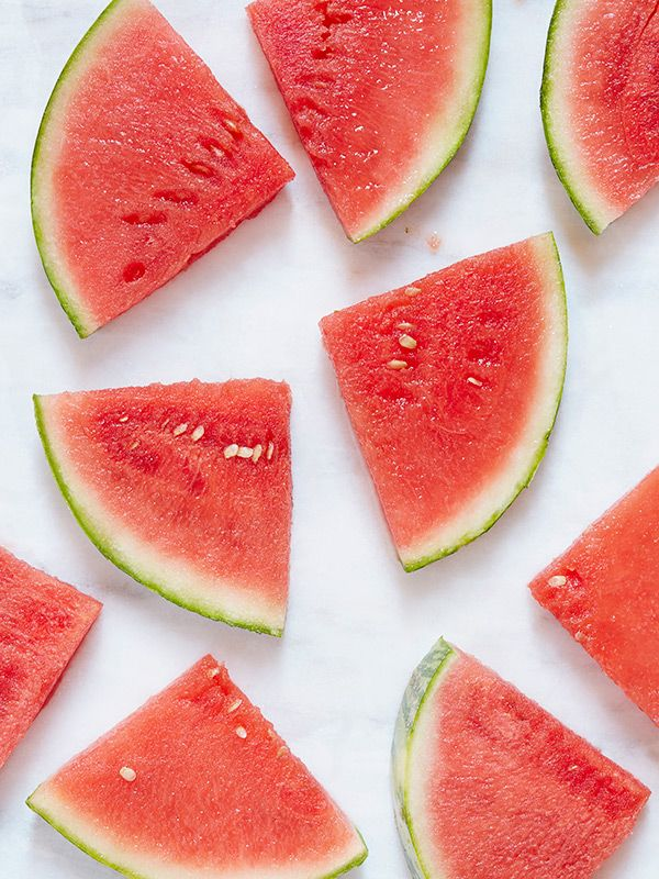 Foods that reduce bloating: Watermelon