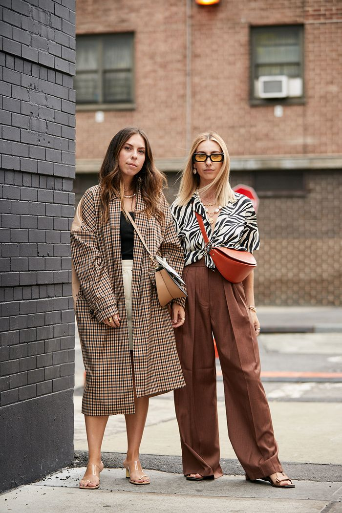 Nyc Fashion Week 2020.The Latest Street Style From New York Fashion Week Who