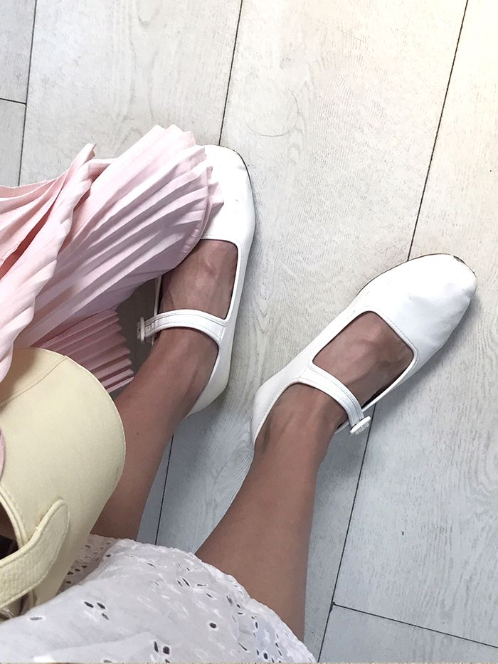 There Are 4 Trending Flat Shoes of 2019
