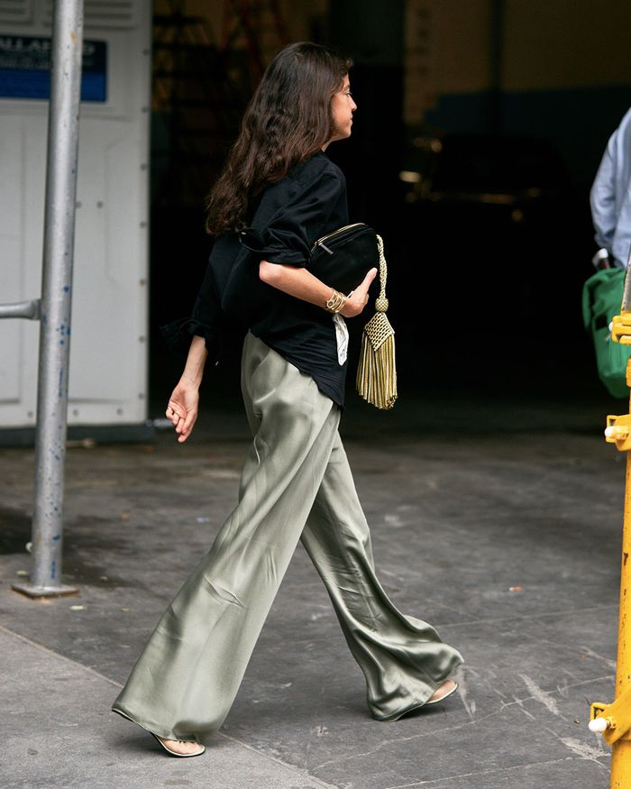 Trending Flat Shoes 2019: Leandra Medine in Ballet Slippers at New York Fashion Week