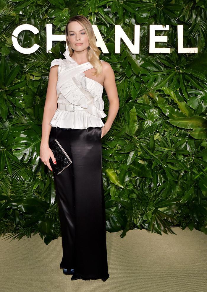 Margot Robbie at Gabrielle Chanel Essence Dinner in Los Angeles