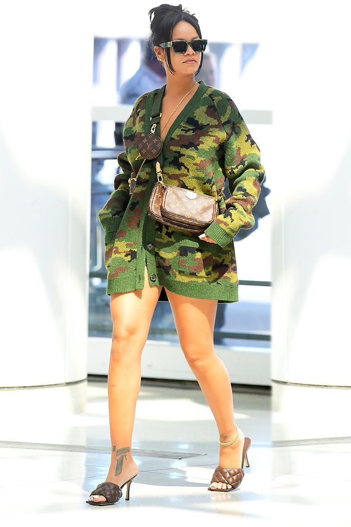 Rihanna airport outfit, camo