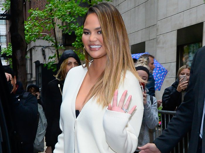 Chrissy Teigen Is Way Into These Affordable Nordstrom Shoe Trends