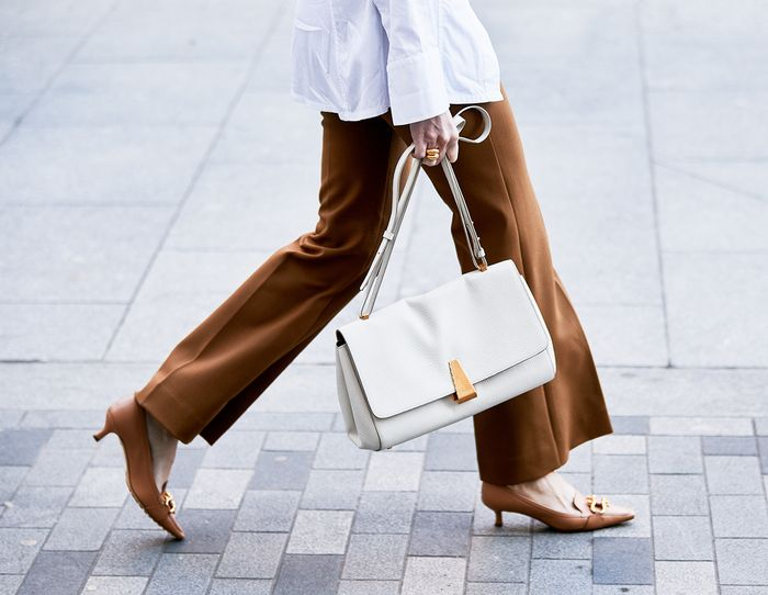Useful Under-$10 items to keep in your handbag