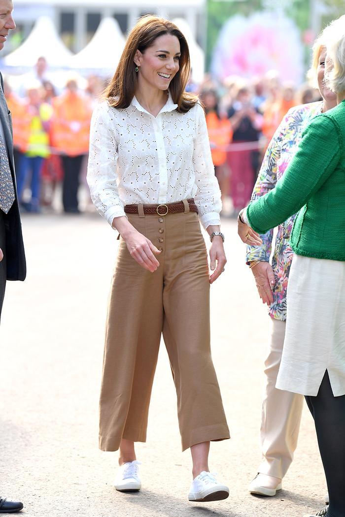 Kate Middleton retro sneakers