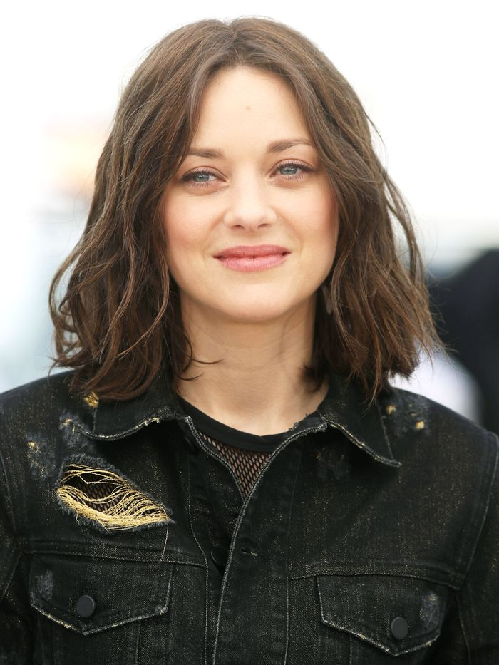 3 French Haircuts For Women We Re Seeing Everywhere Who What Wear