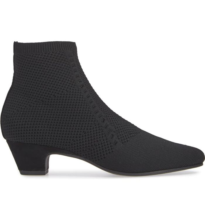 21 Low-Heeled Ankle Boots That Are Cute