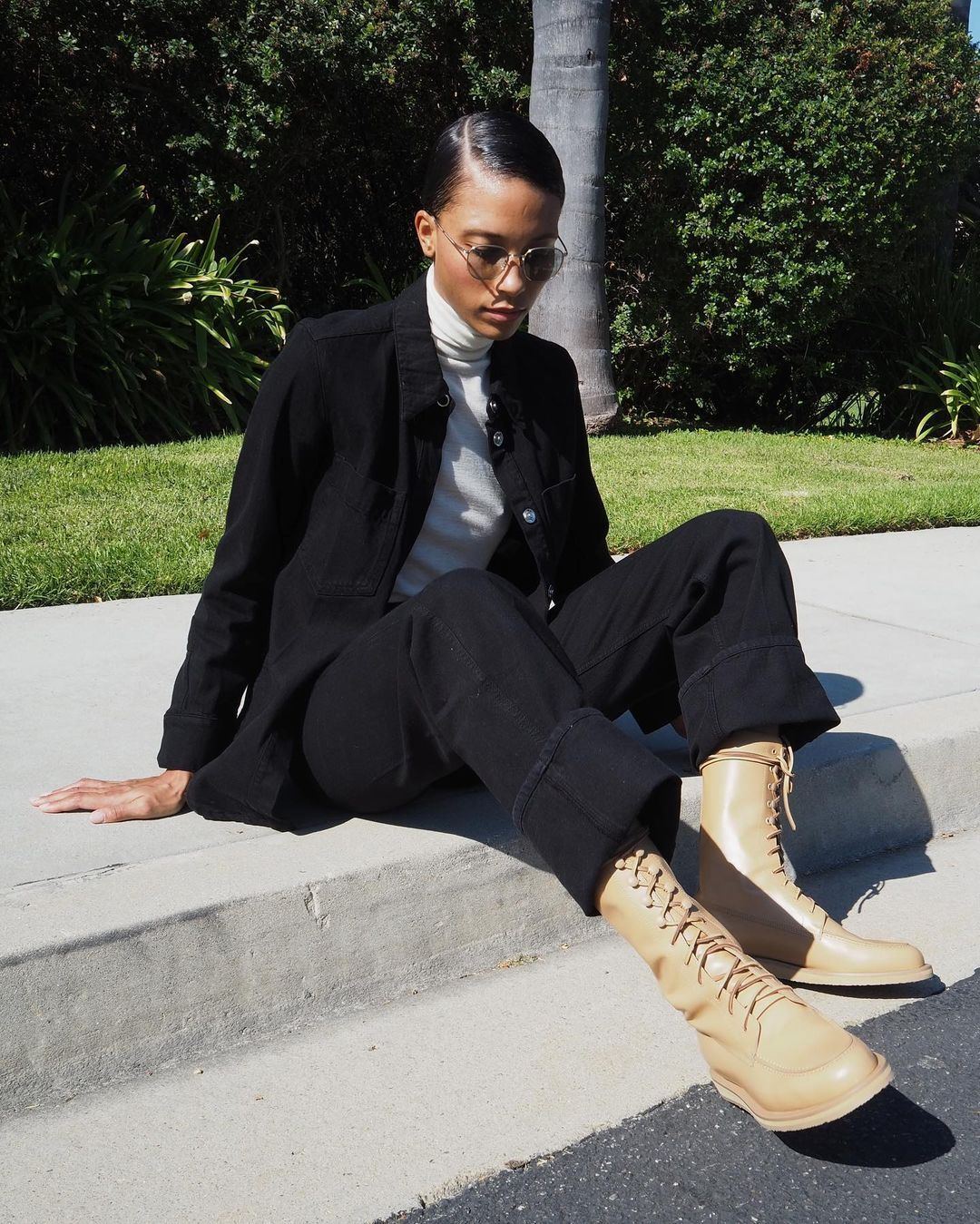 5 Boot Trends to Buy and Skip This Fall, According to Our Editors - outdated boot styles 282820 1630109018608