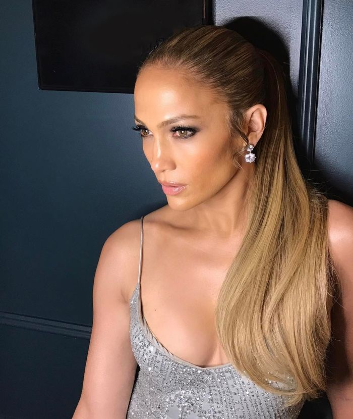 FYI: This Is Why J.Lo's Skin Is So Damn Glowy at 50