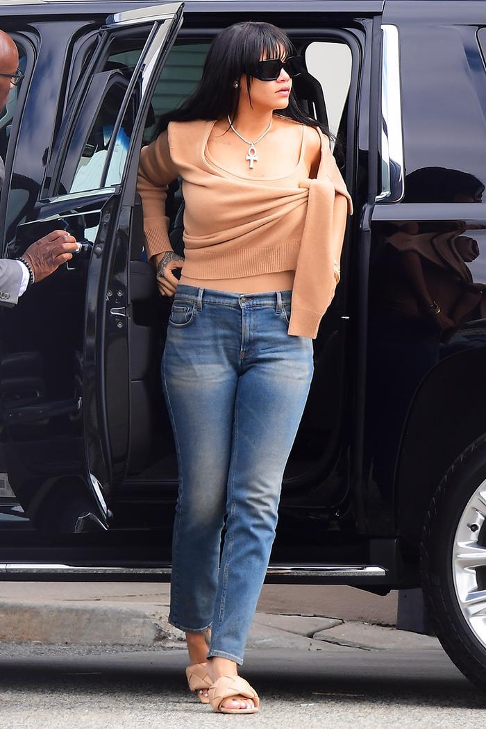Rihanna skinny jeans