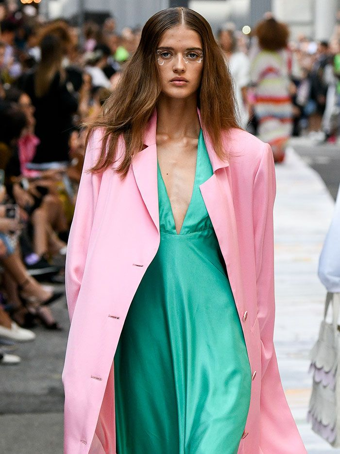 Summer Trends 2020.The 7 Biggest Color Trends Of Spring Summer 2020 Who What Wear