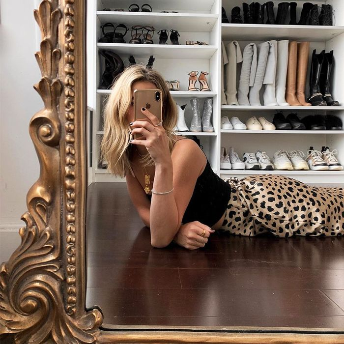 Closet Selfie Instagram