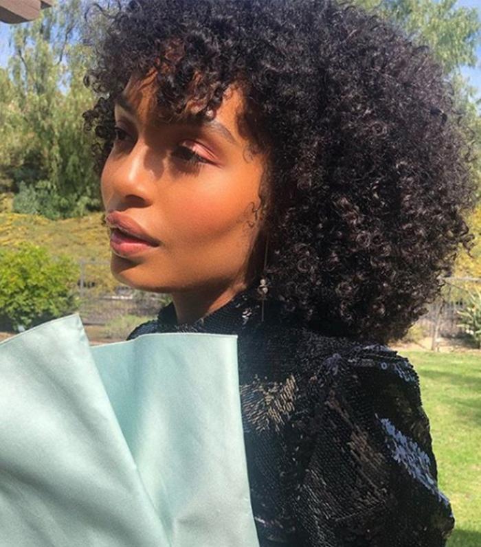 How to  Get Shiny Hair: Yara Shahidi
