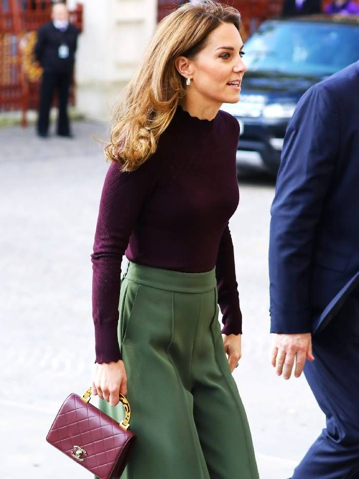Kate Middleton wears Warehouse jumper with Jigsaw trousers at the Natural History Museum.