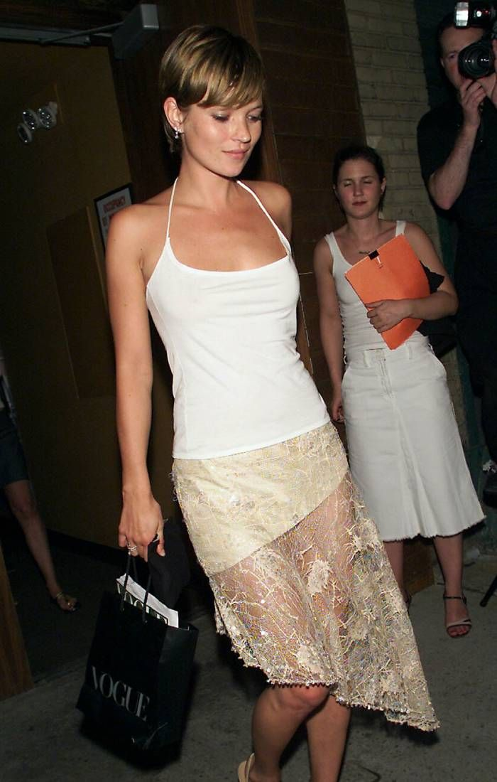 Early 2000s fashion: Kate moss wearing a halter neck