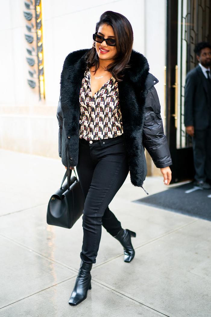 Priyanka Chopra black skinny jeans